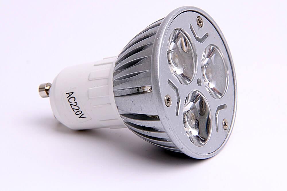 LED pære gu10 3x1 watt