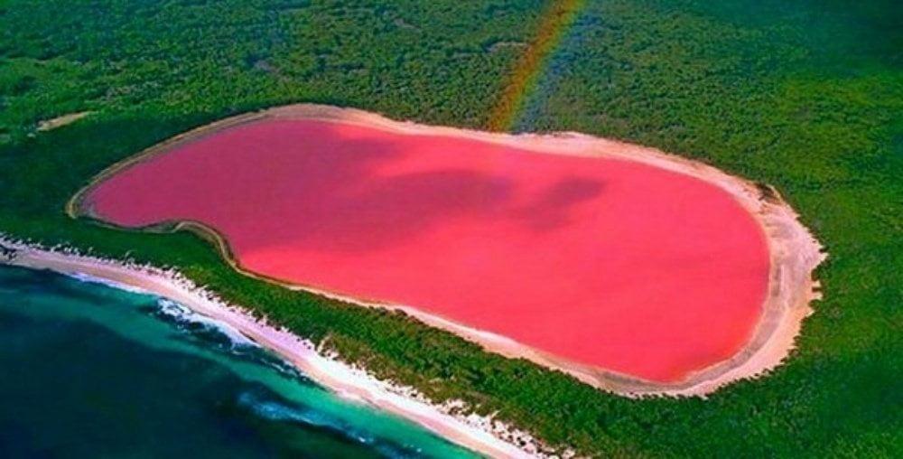 Hiller-lake-pink-lake-vest-Australien