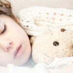 Hvorfor tisser mit barn i sengen? Gode råd til sengevædere