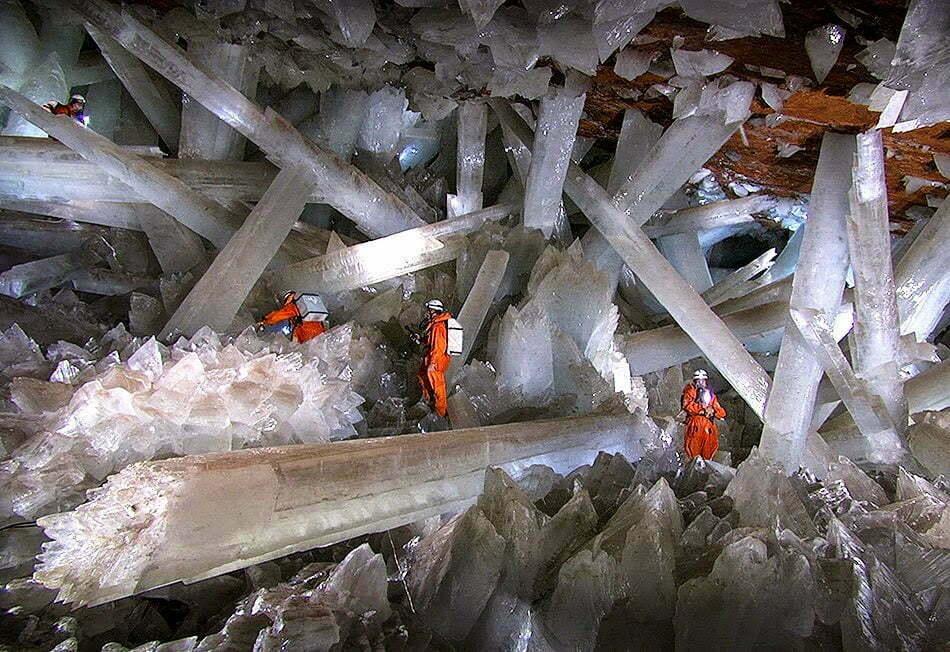 Cueva-de-Los-Cristales-Chihuahua-Mexico