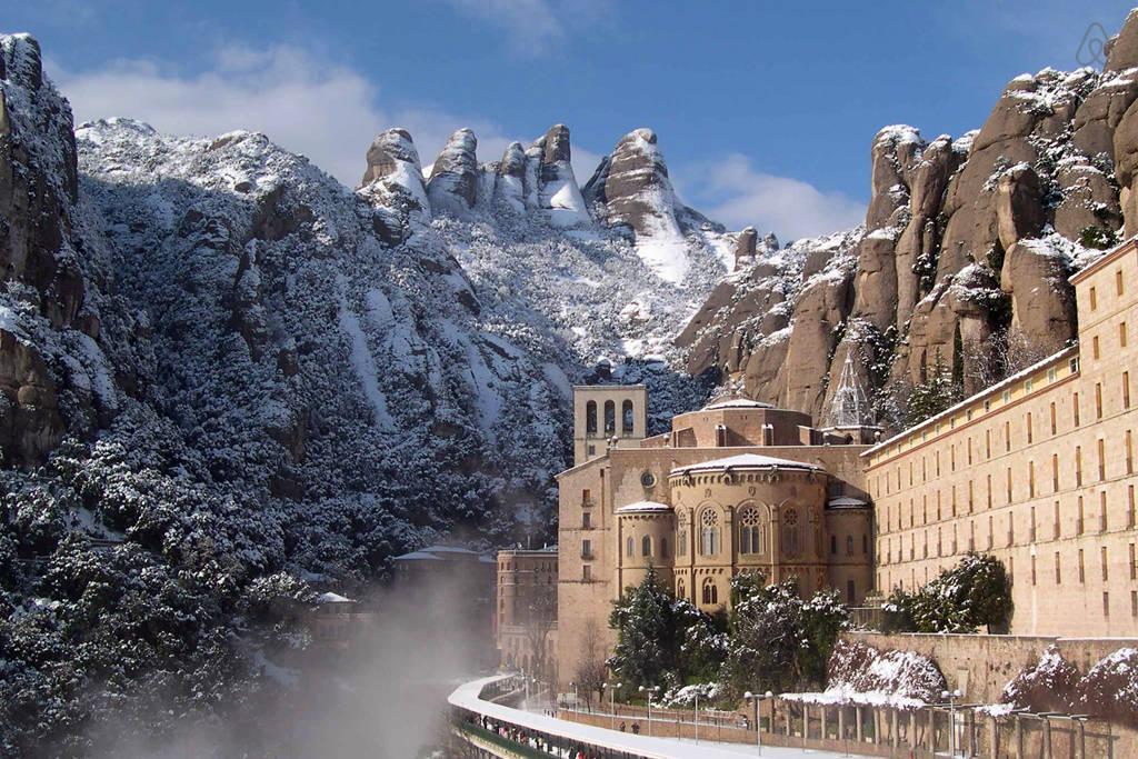 Santa-Maria-de-Montserrat-kloster-spanien