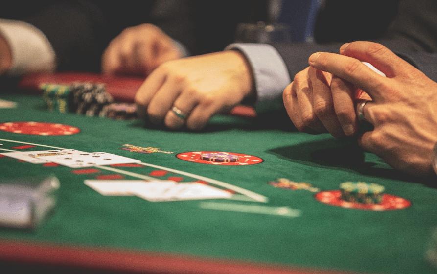 Black Jack er det online casino-spil, der giver dig de største chancer for gevinst.