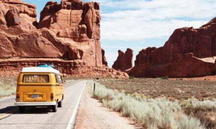 Sådan kan du komme billigt ud at rejse
